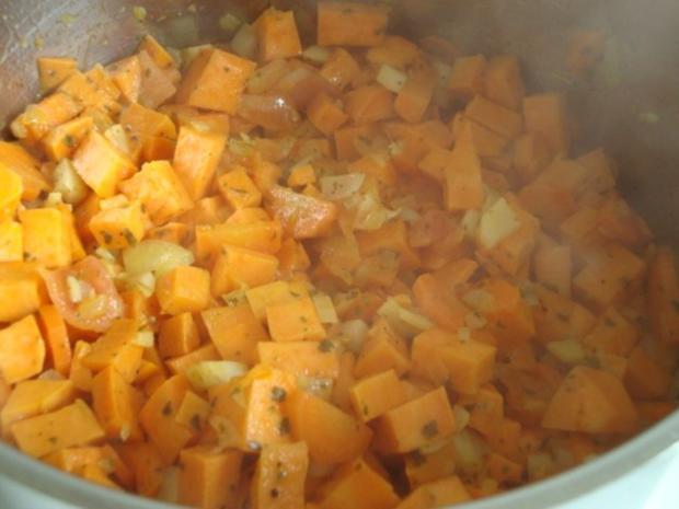 """Süßkartoffelsüppchen mit """"Tomaten Topping"""" - Rezept - Bild Nr. 10"""