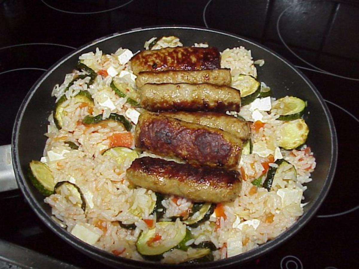 Bilder für Zucchini-Reistopf mit Cevapcici - Rezept