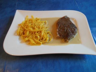 Kochen: Tagliatelle mit Café de Paris-Soße und Entrecoté - Rezept