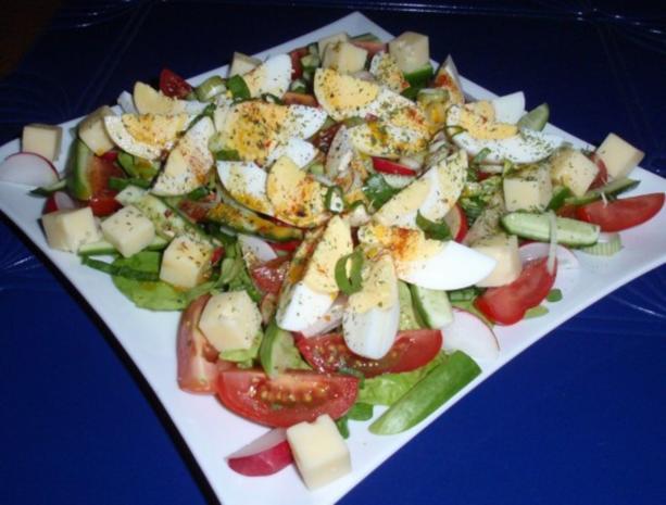 Bunter Frühlingssalat mit Eier und Käsewürfel - Rezept - Bild Nr. 12