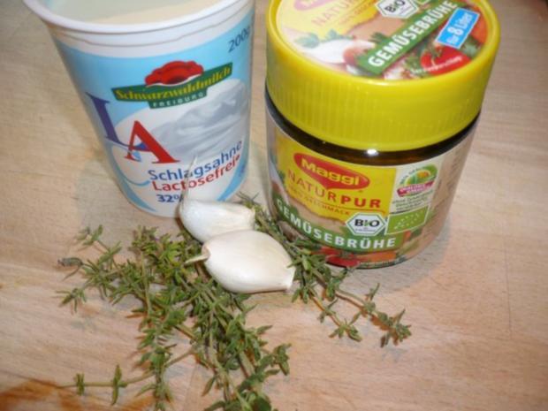 Putenoberkeule im Bratschlauch mit Gemüse-Crossover und Thymiansahnesauce - Rezept - Bild Nr. 12
