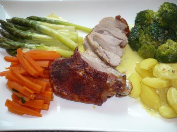 Putenoberkeule im Bratschlauch mit Gemüse-Crossover und Thymiansahnesauce - Rezept - Bild Nr. 14