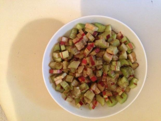 Rotkäppchens-Erdbeer-Rhabarber-Muffins - Rezept - Bild Nr. 3
