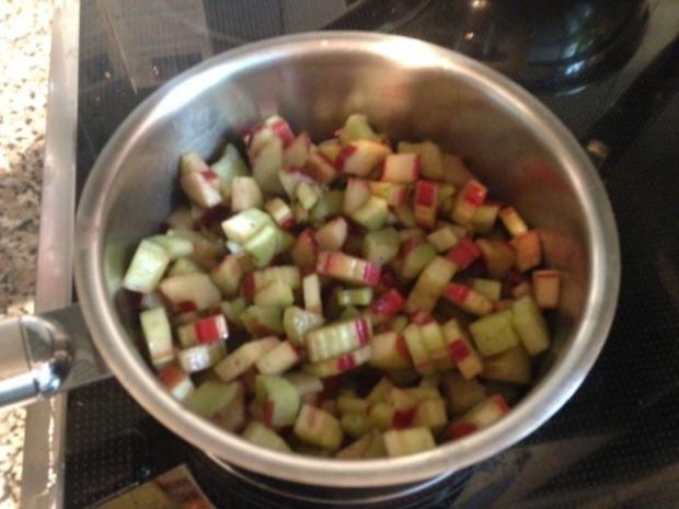 Rotkäppchens-Erdbeer-Rhabarber-Muffins - Rezept - Bild Nr. 4