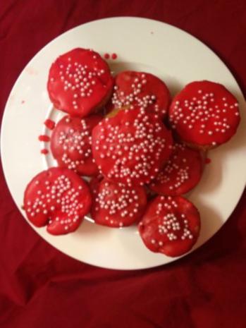 Rotkäppchens-Erdbeer-Rhabarber-Muffins - Rezept - Bild Nr. 8