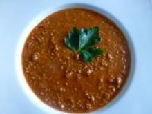 Leicht verschärfte Hack-Tomaten-Paprikasuppe - Rezept