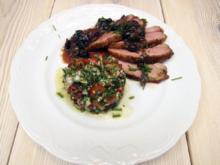 Entenbrust mit Blaubeer-Salbei-Soße und Granatapfeltabouleh - Rezept