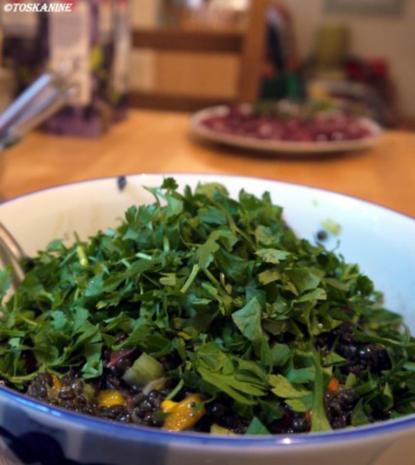 Beluga-Linsen-Salat mit glasierter Geflügelleber - Rezept - Bild Nr. 14