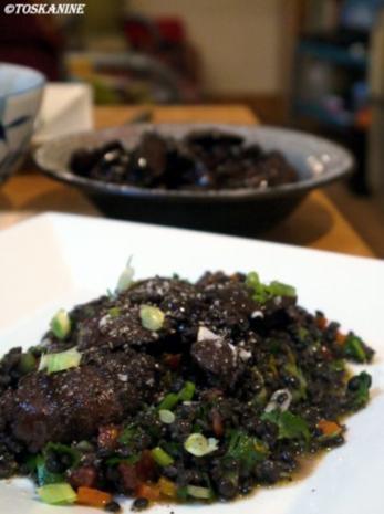Beluga-Linsen-Salat mit glasierter Geflügelleber - Rezept - Bild Nr. 18