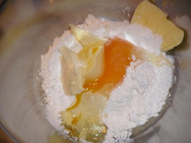 Gebratene Hähnchenbrust mit weißer Pfeffersoße und Karottenquiche - Rezept - Bild Nr. 3