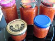 Rhabarber-Erdbeer-Feigen-Marmelade - Rezept