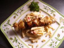 Fleischspieß auf Nudelsalat - Rezept
