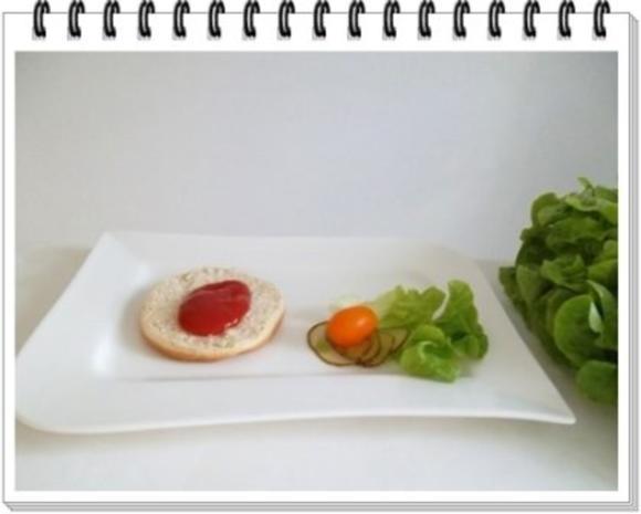 Hamburger mit Kraussalat und selbst hergestellter Mayonnaise. - Rezept - Bild Nr. 13
