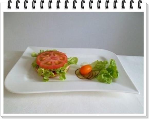Hamburger mit Kraussalat und selbst hergestellter Mayonnaise. - Rezept - Bild Nr. 15