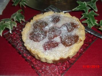 Pflaumen-Torteletts mit Vanillepudding-Füllung - Rezept