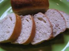 Mini Nuss-Brote o. Brötchen - Rezept
