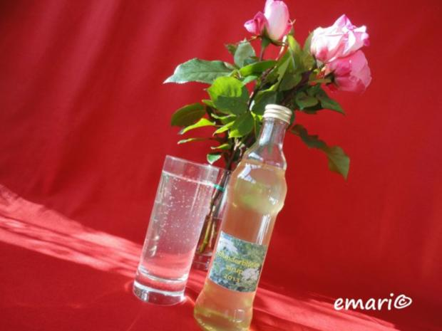 Holunderblüten Sirup - heiß eingekocht - Rezept - Bild Nr. 2