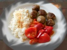 Hackbällchen mit Paprikagemüse - Rezept