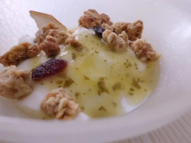 Basic: Gelber Wassermelone-Sirup mit Sauerampfer und Ingwer - Rezept - Bild Nr. 2