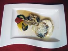 Kartoffelgratin mit Bergkäse, mediterranes Grillgemüse und Kalbsfilet an Trockenfrüchten - Rezept