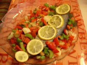 Regenbogenforelle auf Gemüsebett - Rezept