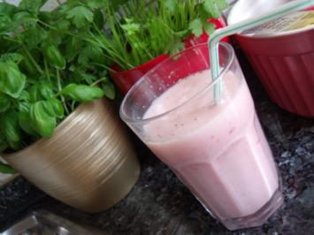 Erdbeer-Buttermilch-Shake - Rezept