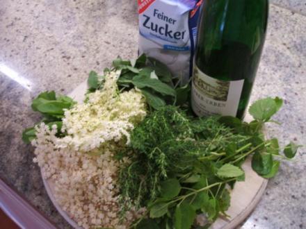 Vorrat: Hustensaft aus der Kräuterküche - Rezept