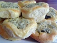 Serpil´s Mega Käse-Spinat-Brötchen ( 20 Stück) - Rezept