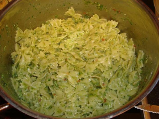 Rucola-Pesto mit Chili - Rezept - Bild Nr. 4