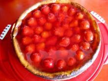 Käsekuchen mit Erdbeeren - Rezept