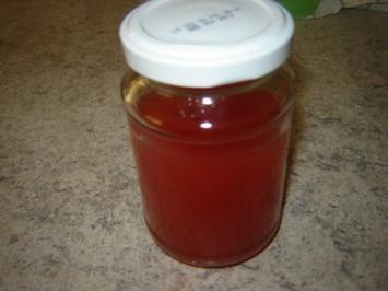 Erdbeeressig - Rezept