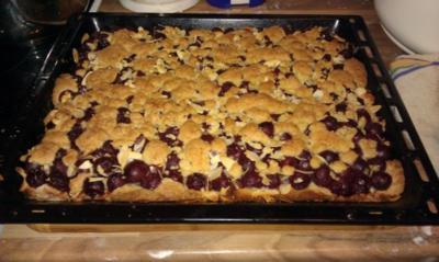 Kirsch - Streuselkuchen für ein Blech ca.20 Stk. - Rezept