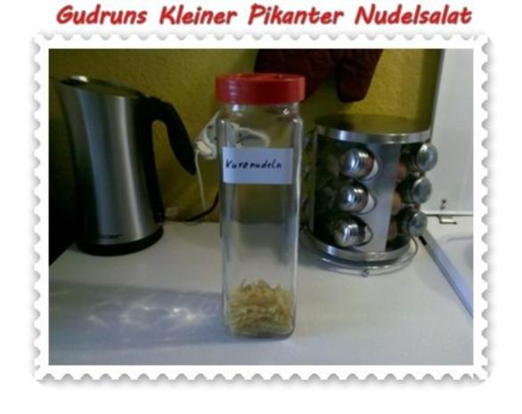 Salat: Kleiner pikanter Nudelsalat - Rezept - Bild Nr. 2