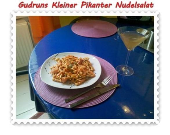 Salat: Kleiner pikanter Nudelsalat - Rezept - Bild Nr. 10
