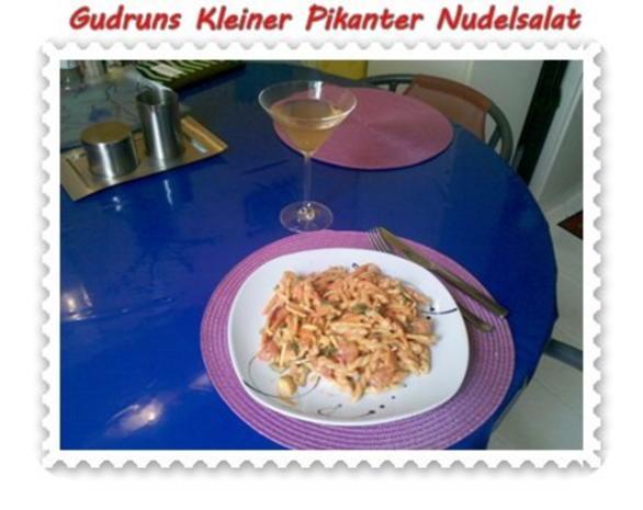 Salat: Kleiner pikanter Nudelsalat - Rezept - Bild Nr. 11