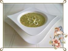 Lauch-Kartoffelcremesuppe  mit gewürfelter Wurst dazu. - Rezept