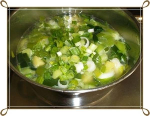 Lauch-Kartoffelcremesuppe  mit gewürfelter Wurst dazu. - Rezept - Bild Nr. 11