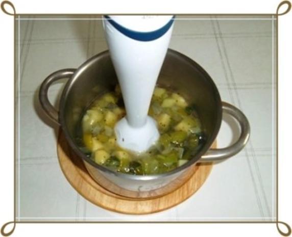 Lauch-Kartoffelcremesuppe  mit gewürfelter Wurst dazu. - Rezept - Bild Nr. 12