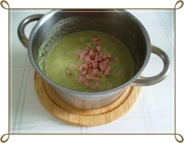 Lauch-Kartoffelcremesuppe  mit gewürfelter Wurst dazu. - Rezept - Bild Nr. 16