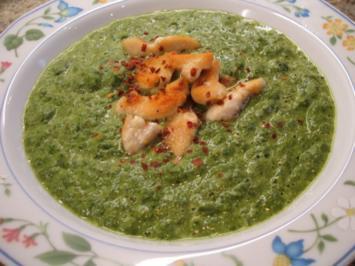 Suppen: Grüne Suppe mit Hühnchen-Croutons - Rezept