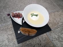 Weiße Zwiebelcrèmesuppe mit Kaffee und Heidschnucke - Rezept