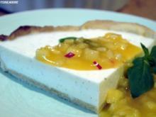 Vanille-Frischkäse-.Tarte mit scharfem Ananas-Kompott - Rezept