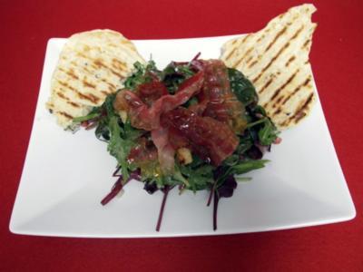 Candied Green Bacon Salad mit Navajo Flatbreads - Rezept
