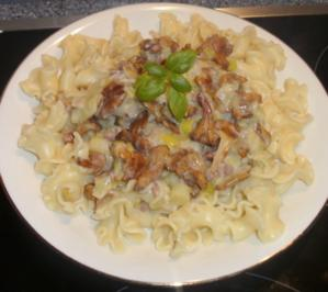 Pfifferling-Lauch-Pasta - Rezept