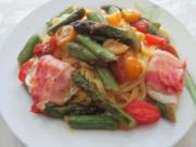 Tagliolini mit Spargel und Tomaten - Rezept