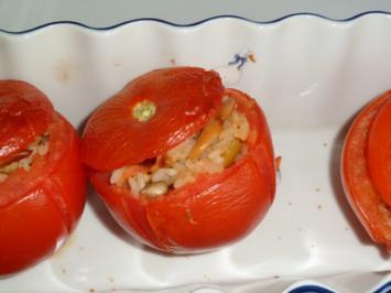 Tomaten gefüllt mit Reis - Rezept