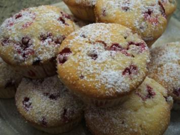 Backen: Johannisbeer-Muffins - Rezept