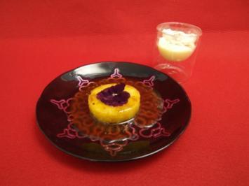 Confierte Ananas in Butterkaramell mit Buchweizen-Panna cotta auf Orangenbuttereis - Rezept