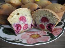 Kuchen : Vollkorn - Muffins mit Kirschen - Rezept