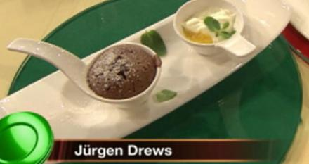 Schokotörtchen mit flüssigem Kern und Mango-Creme (Jürgen Drews) - Rezept